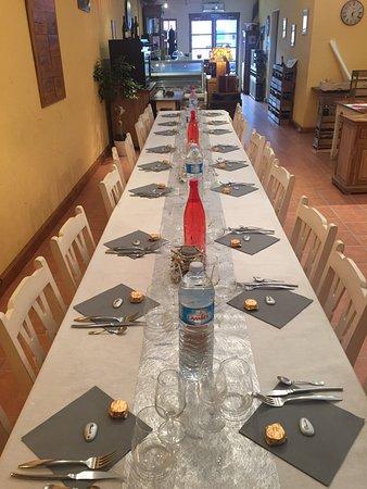 Chambly, France: Repas sympathique en famille