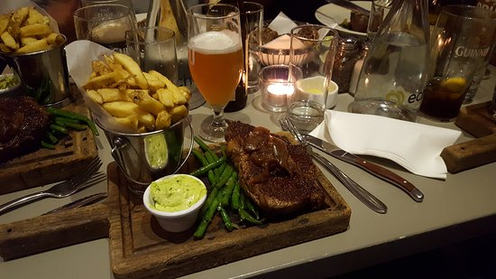 The Chophouse Gastro Pub: 20161230_205050_large.jpg