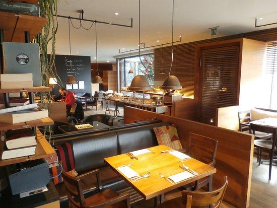 Interior View Bild Von Herman S Wohnzimmer Zurich Tripadvisor