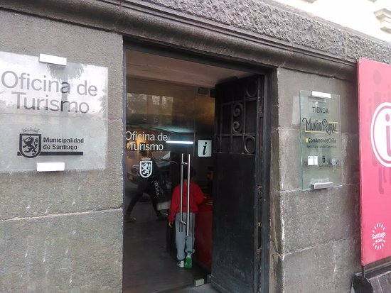 Oficina de turismo plaza de armas de santiago chile for Oficina de turismo donostia
