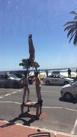 Paranga: Street performers