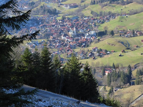 Hotel Prinz-Luitpold-Bad: Blick vom Hotel auf Hindelang