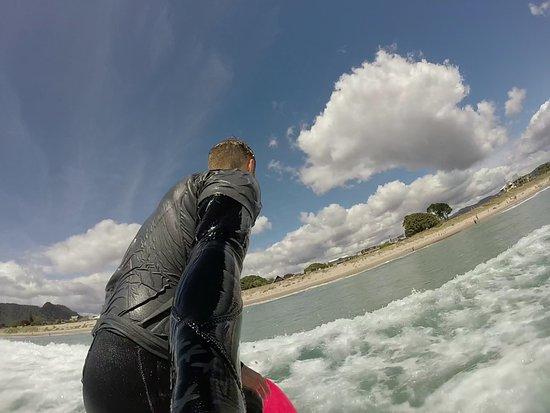 Pauanui, Nueva Zelanda: Catching a wave