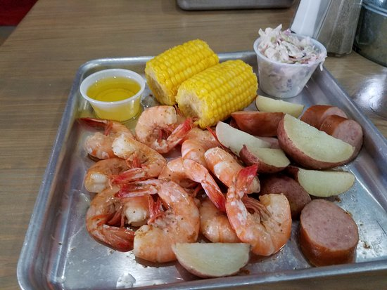 Shuckin' Shack: Low Country Boil