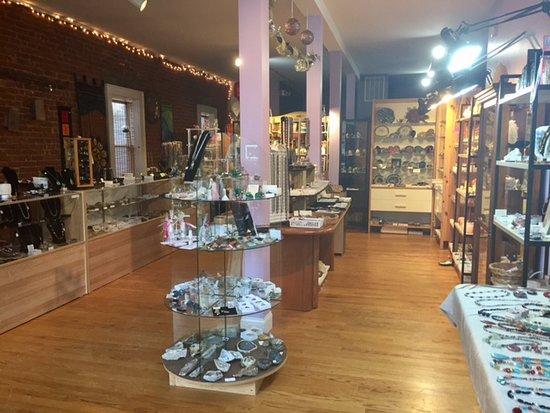 L & D Designs: Shop interior.