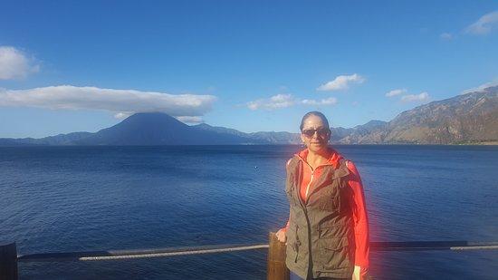 Lake Atitlan, กัวเตมาลา: 20161228_084051_large.jpg