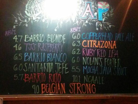 Barrio Brewing Company: Great beer, great food!