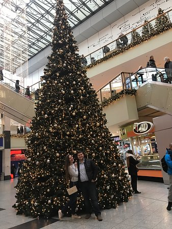 Galeria Krakowska: This is a great place to shop. Vary big shopping center,