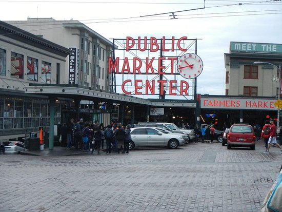 Food picture of pike place fish market seattle for Fish market in seattle