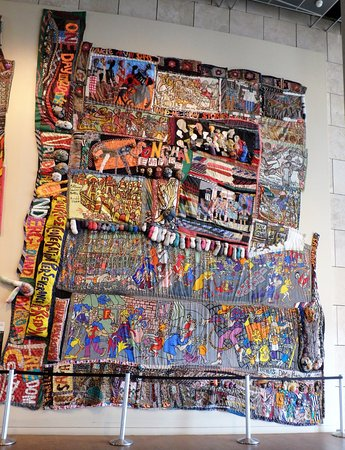 Freedom quilt - Picture of National Underground Railroad Freedom ... : the freedom quilt - Adamdwight.com