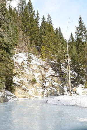 Grotto Canyon: Ice cleats required!