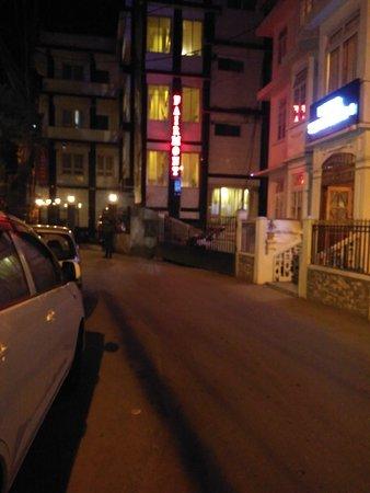 Fairmont Hotel : IMG_20161225_183314_large.jpg