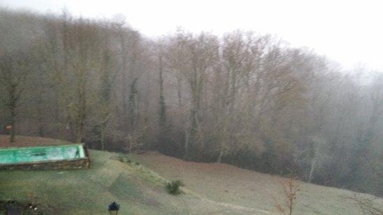 La Vall de Bianya, Spagna: Winter scenes,  cold outside, nice and cosy inside