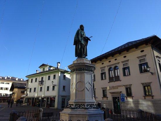 Pieve di Cadore, Italia: Piazza Tiziano