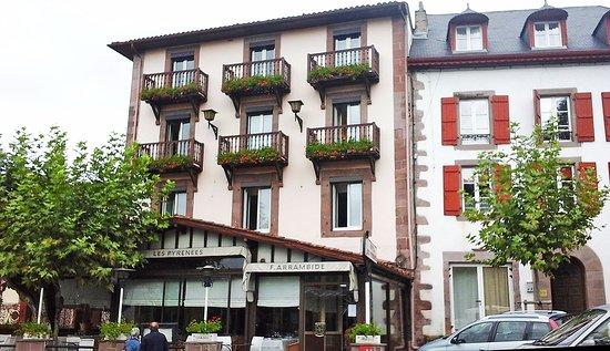 Hotel les pyrenees saint jean pied de port france - Hotels in saint jean pied de port france ...