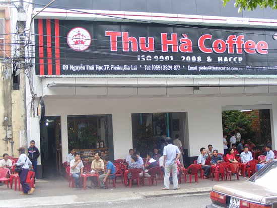 Quán cà phê Thu Hà trên đường Nguyễn Thái Học, TP Pleiku (Gia Lai).