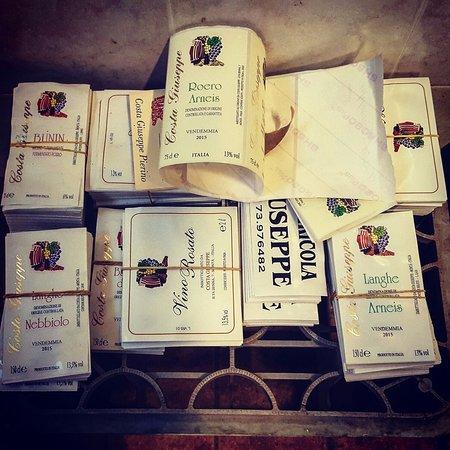 Monta, Italia: Etichette pronte all'uso