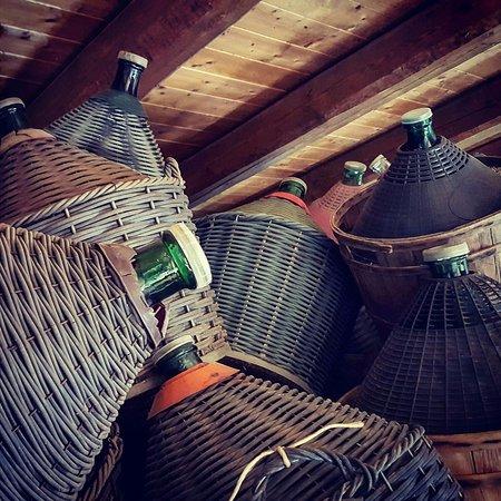 Monta, Italia: Damigiane del nostro vino
