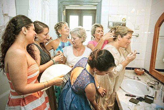 Tolox, España: Arreglando la novia