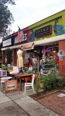 Vintage Treasures & Antiques Arcadia