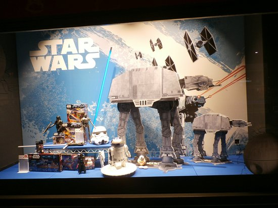 Franz Carl Weber: Star Wars window display