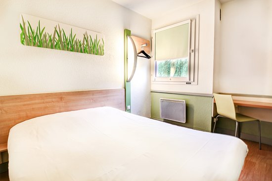 Ibis Budget Chateaudun Photo