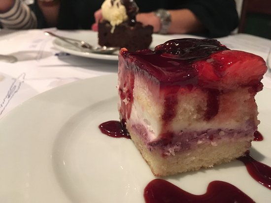 Reves Restaurant: photo1.jpg