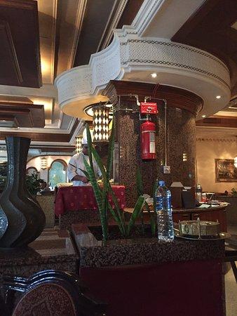 Shebestan Palace Restaurant: photo1.jpg