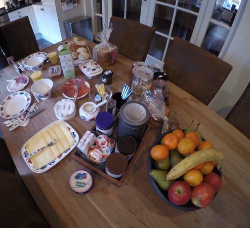 Brielle, Belanda: Breakfast