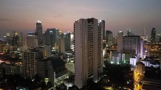 Fraser Suites Sukhumvit: View from 26th floor suite