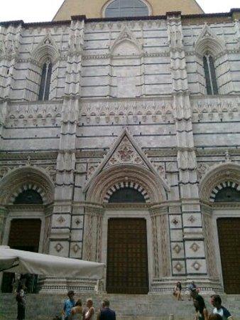 Siena, Italy: chiesa