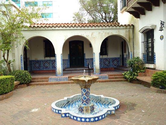 متحف جوان زوريلا، سان ما