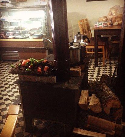 Igneada, Turquía: Sıcacık ortam, lezzetli yemekler ve bana kelle paça çorbasını sevdiren mekan 😊