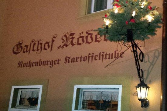 Weihnachtsbeleuchtung Forum.Gasthof Rödertor Mit Weihnachtsbeleuchtung Picture Of Gasthof