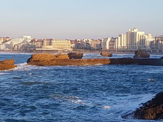 20170410 105453 photo de lagrange apart 39 hotel for Appart hotel biarritz