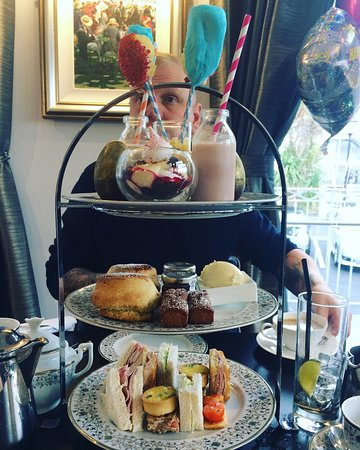 Belgraves hotel afternoon tea