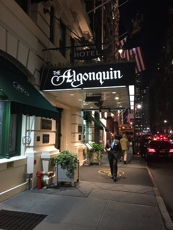 The Blue Bar, Algonquin Hotel : The Blue Bar at the Algonquin Hotel