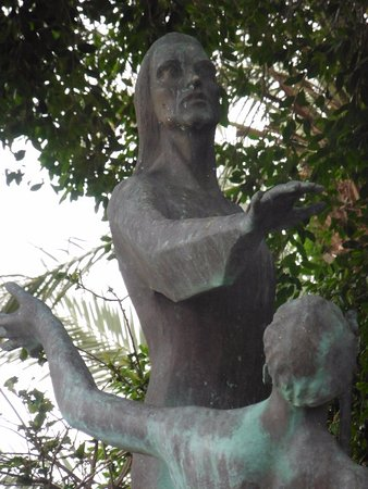 Northern District, Israel: Detail of the statue