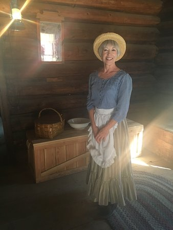 Wawona, CA: Joanna -friendly and informative about the way of living at that time
