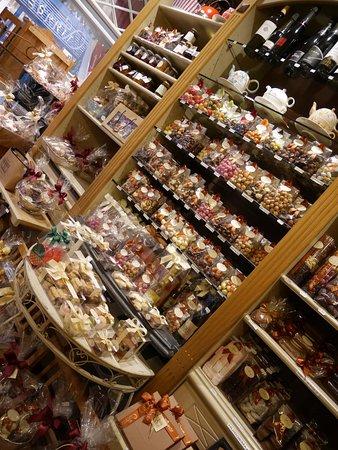 intérieur de la boutique - Photo de \'t Soete, Mol - TripAdvisor