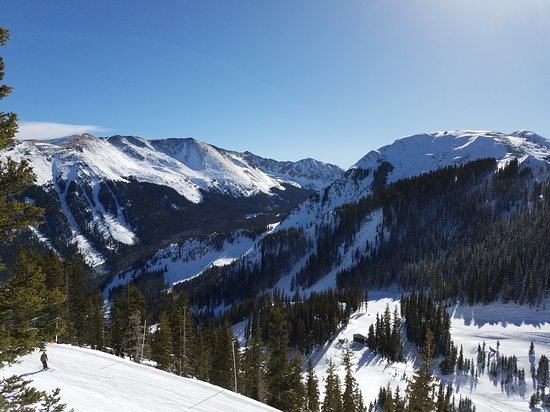 Taos Ski Valley, Нью-Мексико: 20161227_105348_large.jpg