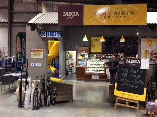 Columbus Coffee Mitre 10 MEGA, Invercargill - Restaurant Reviews