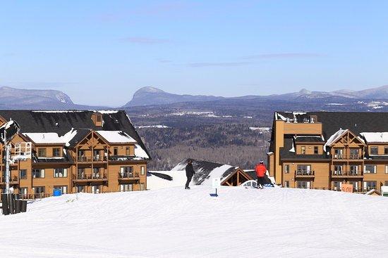 Burke Mountain Hotel & Conference Center: True ski-in ski-out facility