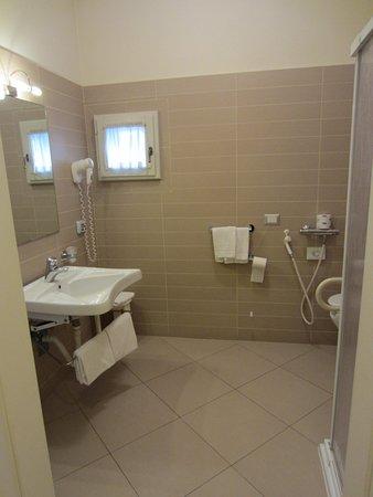 Hotel dei Macchiaioli: Clean and spacious