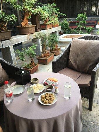 Jianshui County, China: Welcom tea