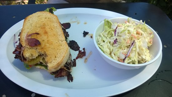 Old Station, CA: Tasty Sandwich