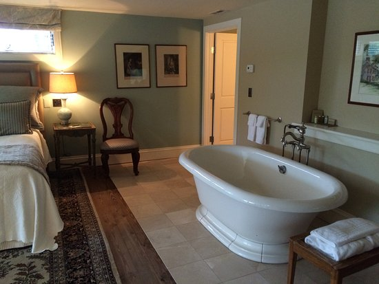 Lumberville, PA: Suite Loraine