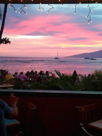 Betty's Beach Cafe: Amazing sunset view!