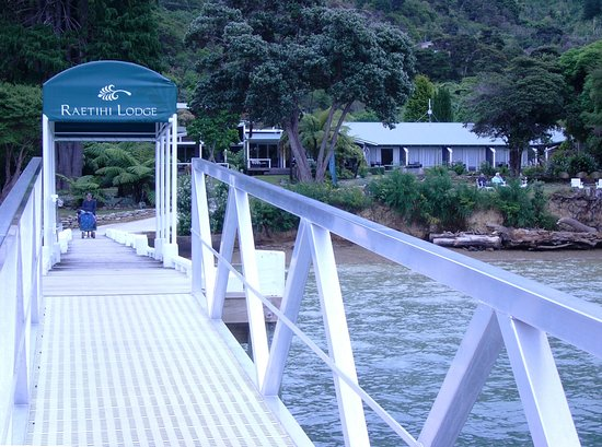 Marlborough Region, New Zealand: Landing jetty for boat arrival (road access also)