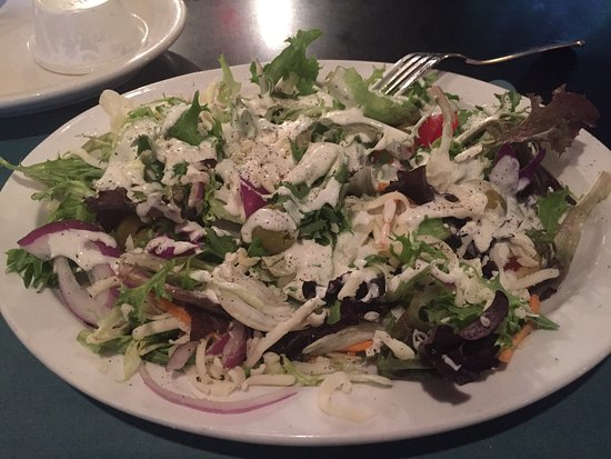 Oakdale, PA: Side Salad (with ranch dressing)